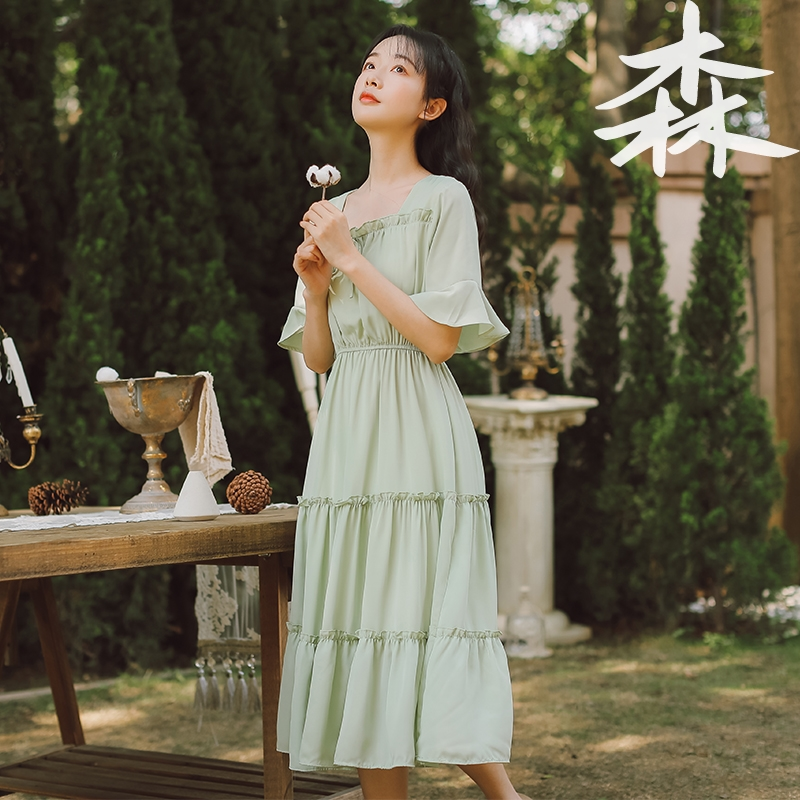 2020 new gentle wind waist collection French first love long skirt fairy super fairy series Chiffon square neck dress female Xia
