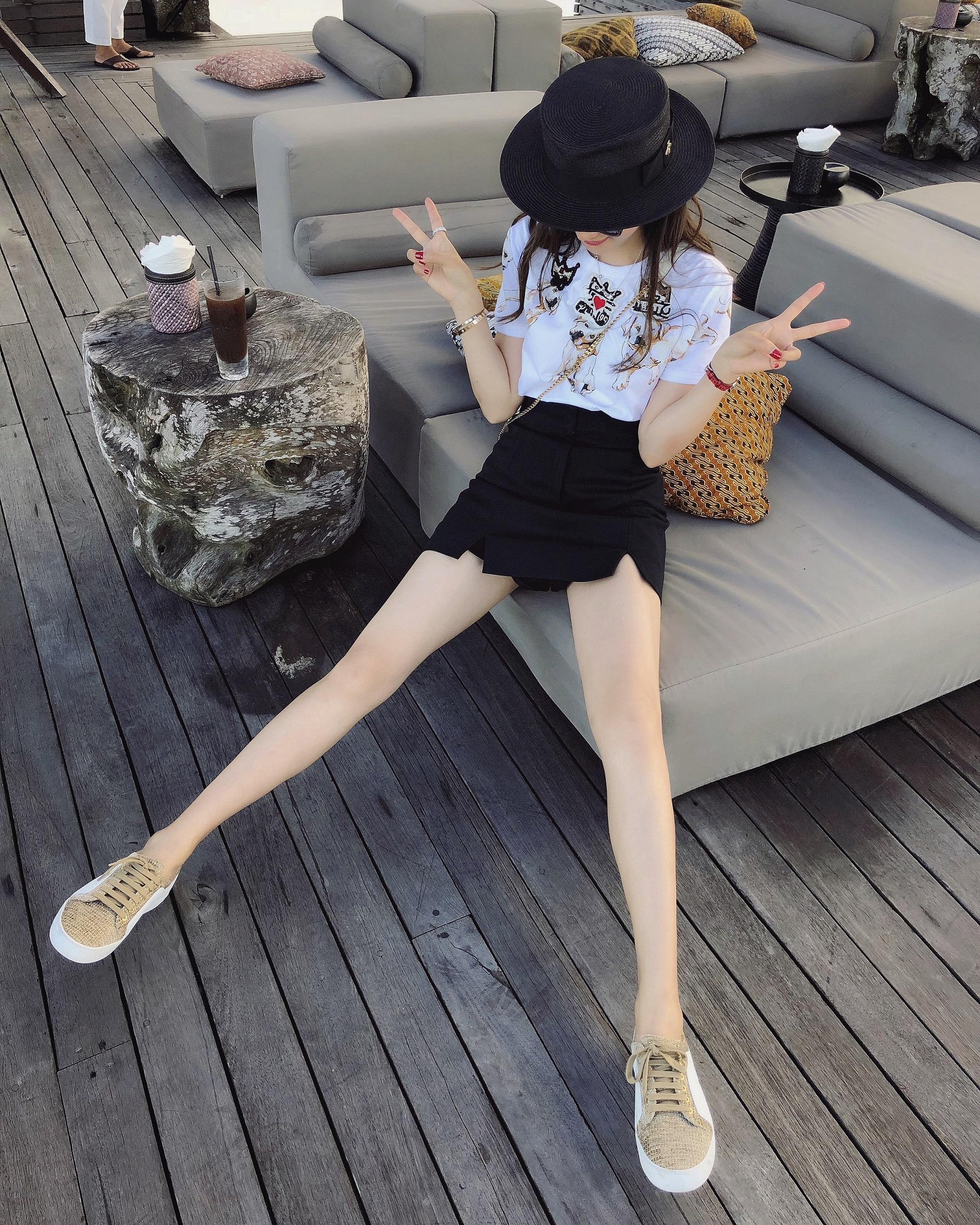 兔兔VIP店2018新款 兔兔推荐 本期必败 大长腿翘臀高腰裙裤半裙