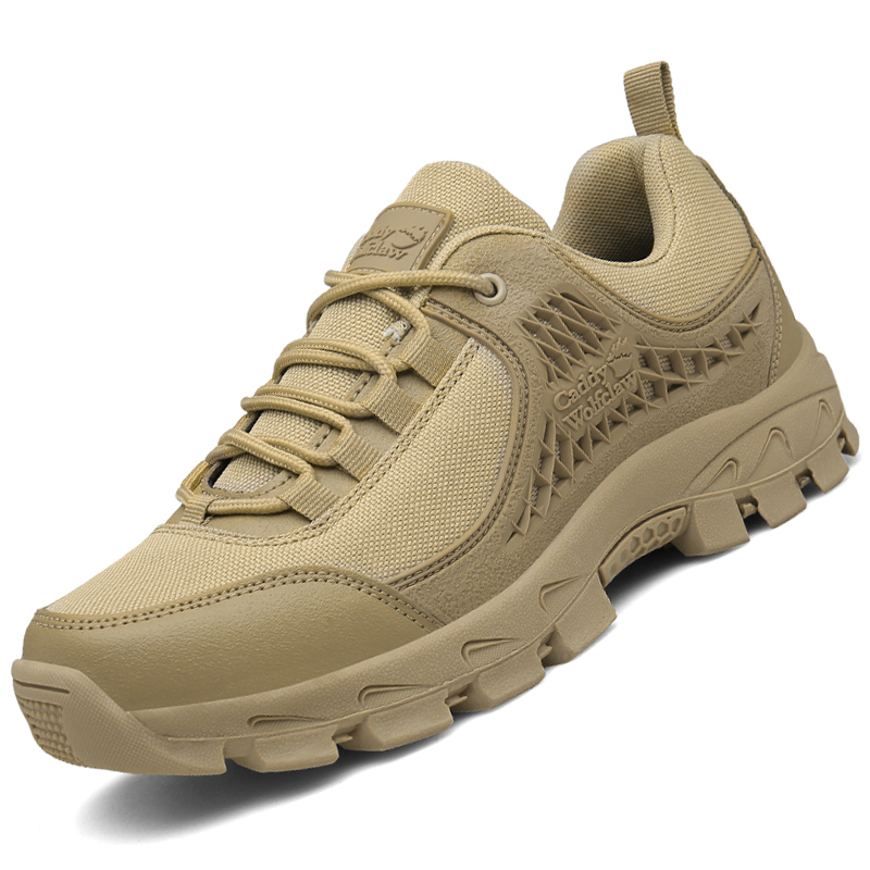 New outdoor desert boots, tactical boots, flying boots, military boots, mens authentic antiskid low top climbing shoes for Dad