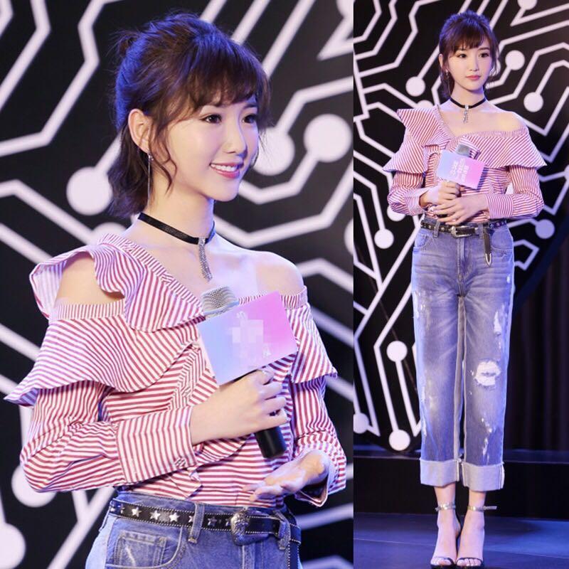 放弃超短裤,毛晓彤穿3分短裤配凉鞋,照样穿出1米2大长腿