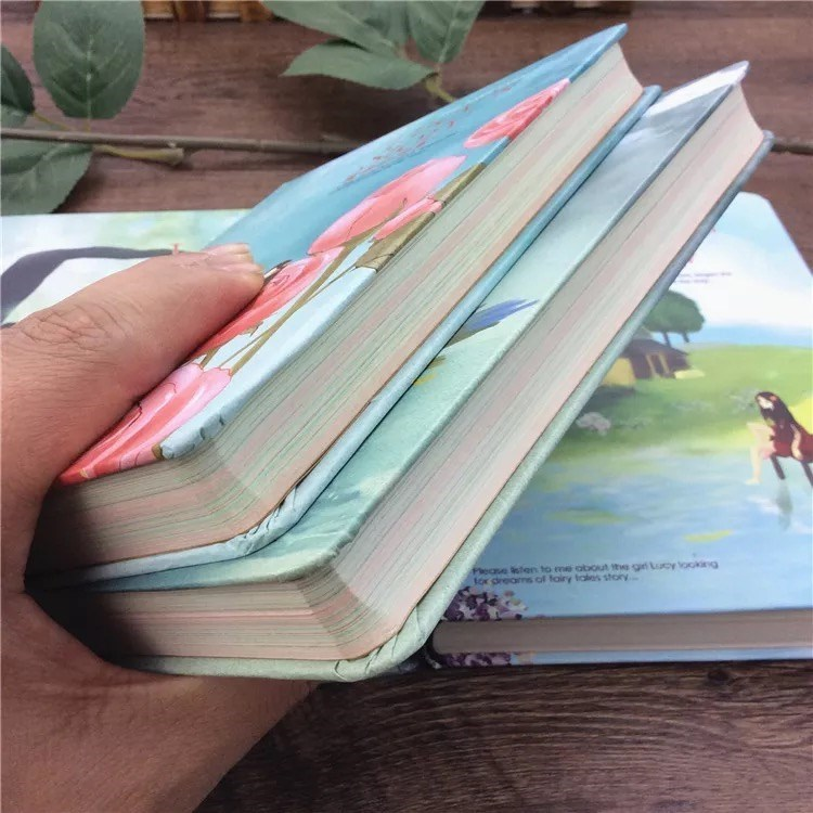 Inside the notebook, there are colored patterns with illustrations, diary, hand-painted retro small fresh thickened illustration