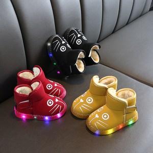 亮灯雪地靴宝宝鞋冬季新款1-3-5岁2男童鞋子儿童鞋女保暖小童棉鞋