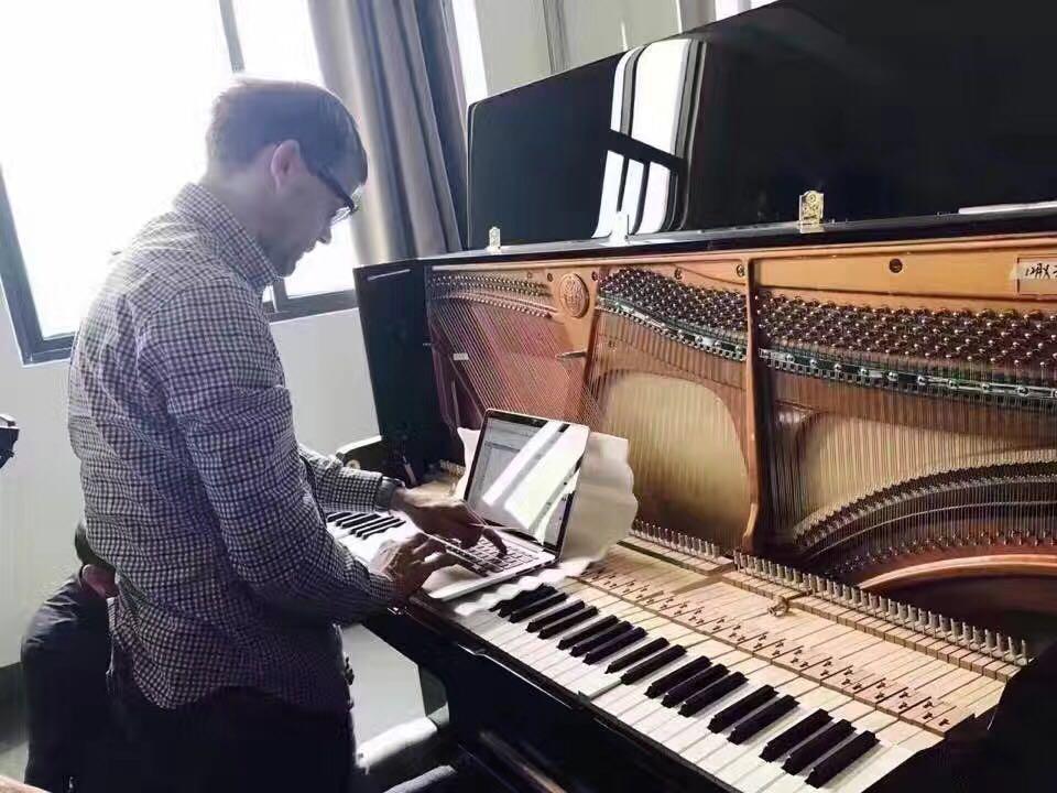 温州钢琴调音 调律维修护理 上门服务温州高级调音师