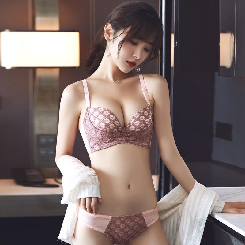 小胸新款调整型无钢圈聚拢文胸内衣女套装收副乳性感胸罩加厚(非品牌)