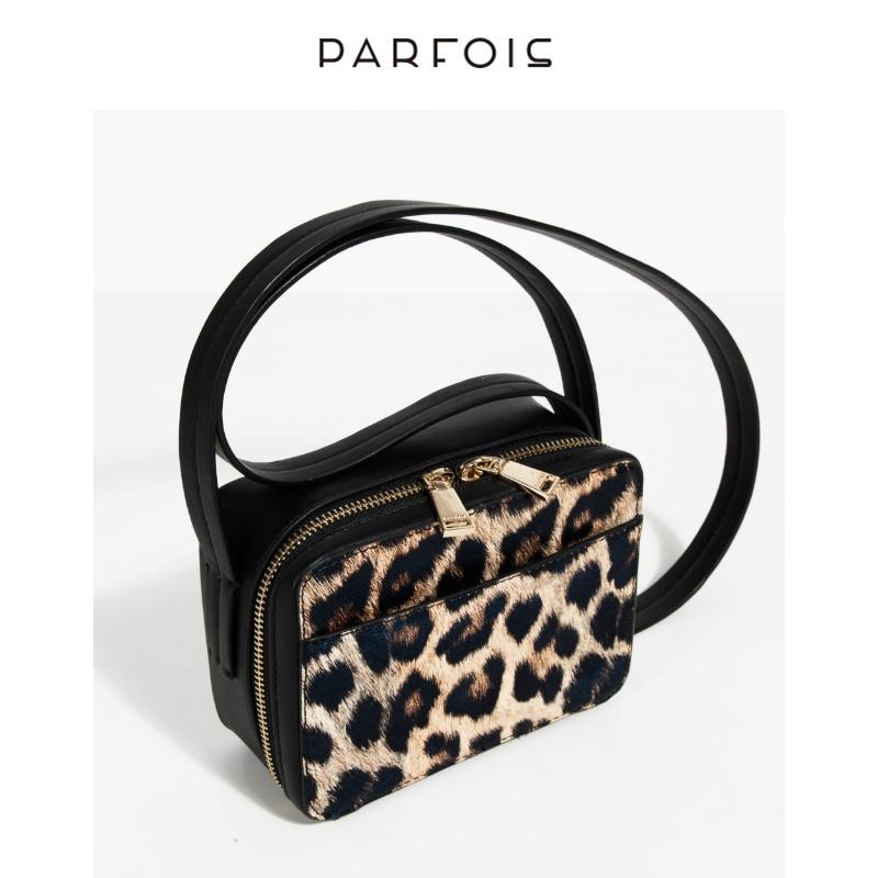 parfois2018秋季新款 女式欧美时尚豹纹相机包绒面斜挎包160293