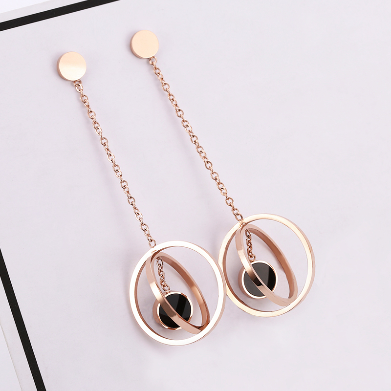 2019 new fashion titanium steel earrings female temperament Korean personality versatile trend suitable for round face jewelry earrings female