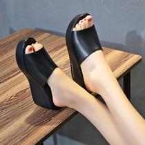 厚底凉拖女夏外穿百搭黑色松糕高跟鱼嘴凉鞋防滑一字坡跟凉拖鞋女