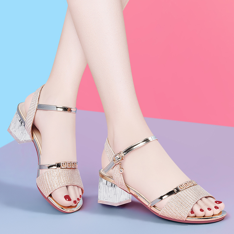 2020 new Korean womens sandals Mid Heel summer fashion open toe button high heel Roman womens shoes thick heel