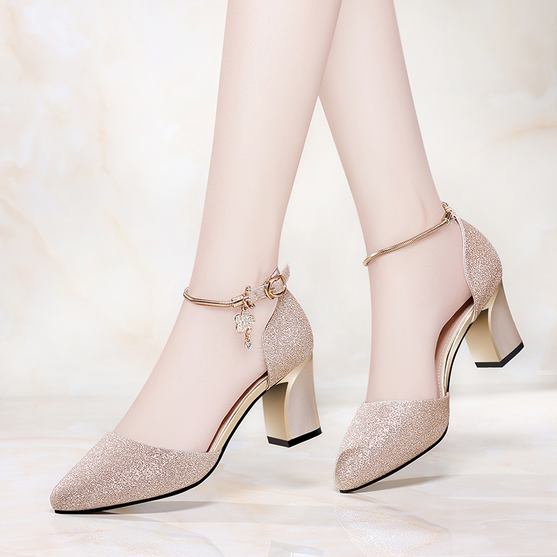 Womens Baotou sandals womens new summer pointy all-around 2020 summer button up medium heel thick heel high-heeled shoes