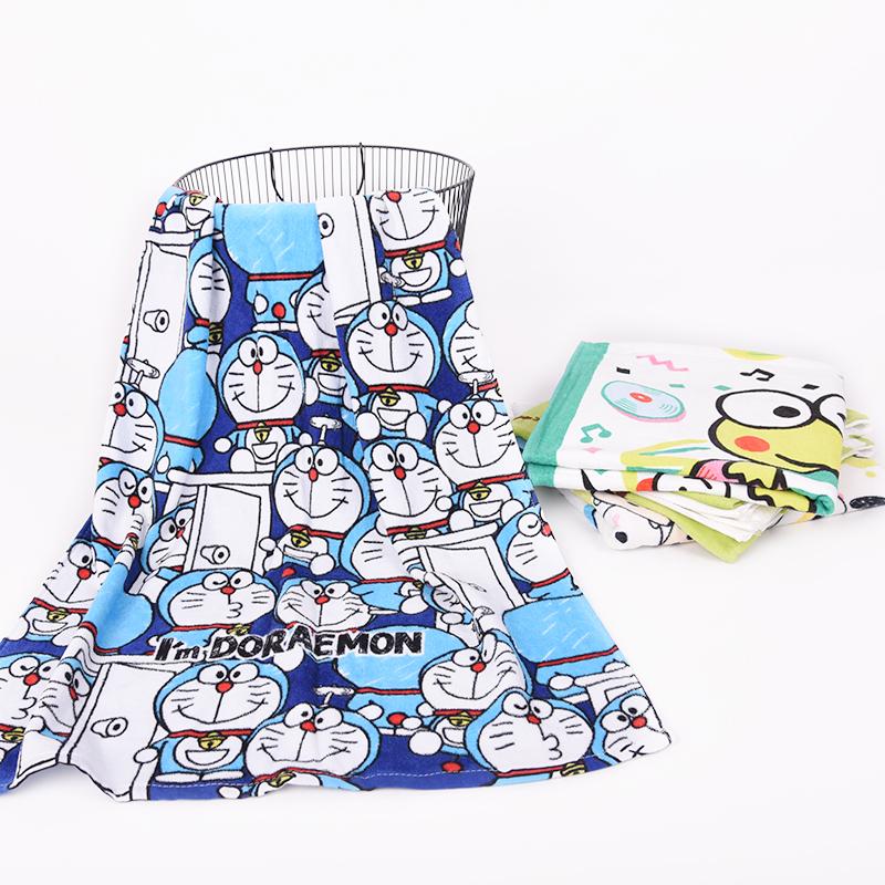 韓版の個性の純綿のかわいい漫画のバスタオルの男女の児童の大きいタオルは柔軟に水を吸い込んで家庭用を使います