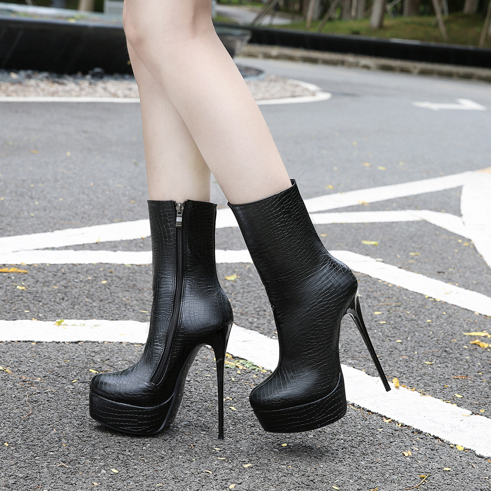 Autumn and winter 2018 womens new European and American large high heels middle boots waterproof platform short boots Roman womens boots thin heels