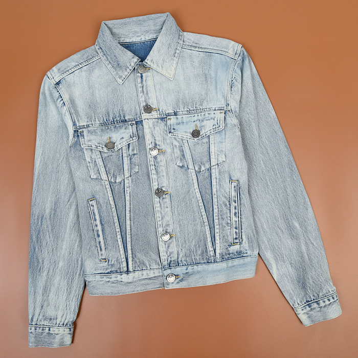 PK means the back Abstract embroidery wash blue denim jacket [womens style]
