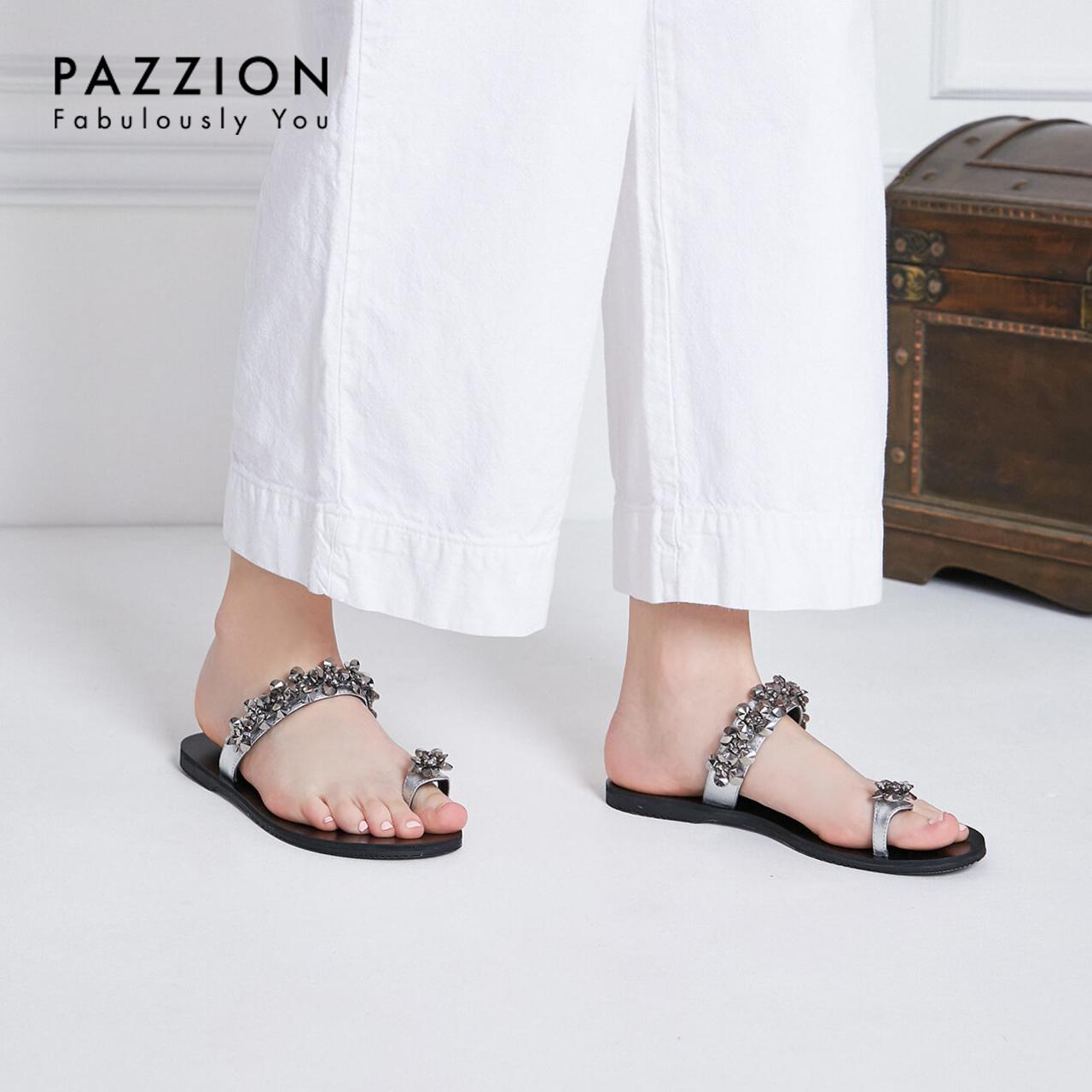 PAZZION2019夏新款甜美一字带珠花亮片夹趾拖鞋 时尚休闲平底女鞋