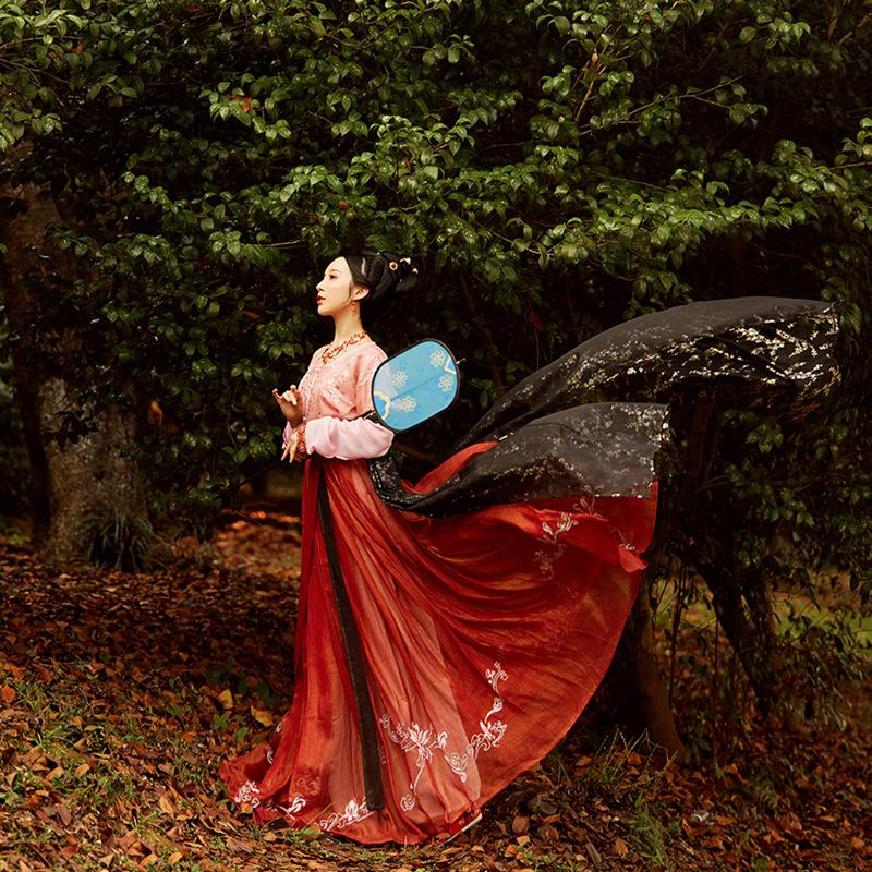 【照影】步生莲 撒金齐腰襦裙 绣花汉服 坦领半臂 6米摆 全款