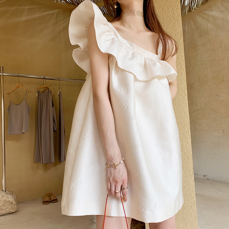 Sunaqueen Ruffle Dress womens 2021 spring summer French embroidery temperament design white dress