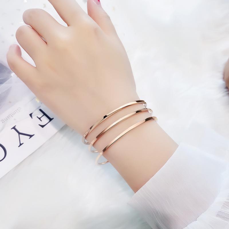 韩版网红同款个姓圈圈钛钢手镯女不掉色简约玫瑰金冷淡风手环森系