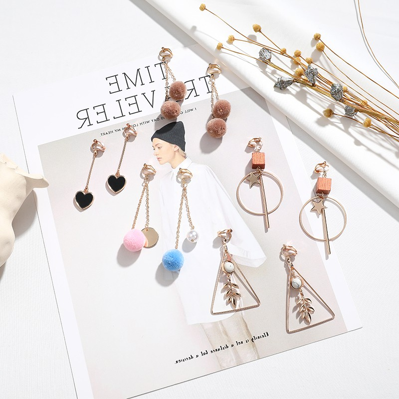 The new ear clip set has no ear holes. The female immortal Qisen series super immortal earrings have a new sense of high class and minority elegance in the Forbidden City