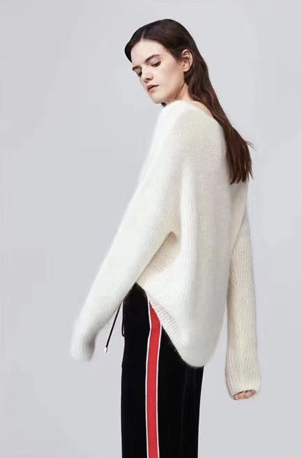 Large V-neck Cotton Wool Mohair blended knitwear and sweater supplied by Lvjia original factory