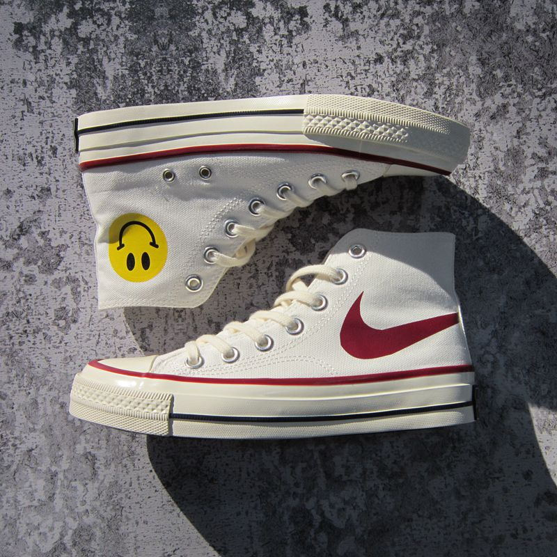 Net red high top big hook smiling face canvas shoes white mens board shoes teenage boys and girls cloth shoes 1970s shoes