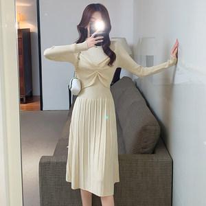 半高领假两件连衣裙女秋冬长袖收腰中长款毛衣裙内搭百褶裙打底裙
