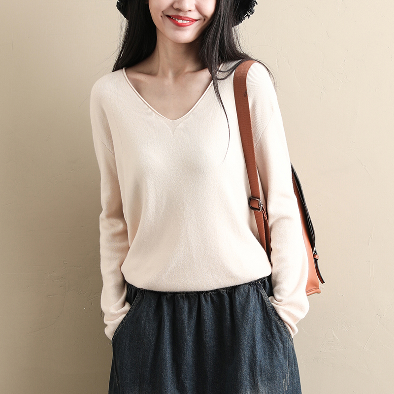 Sugu womens V-Neck Sweater autumn winter new sweater Pullover bottoming shirt long sleeve top autumn loose short ins Beige