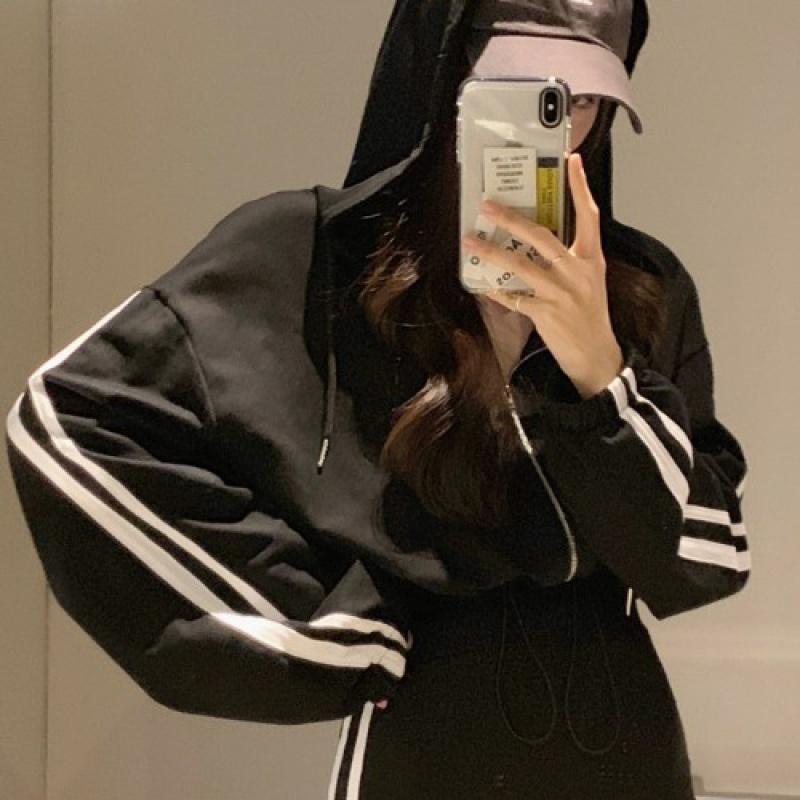 套装2020年新款女洋气韩版短款连帽开衫外套弹力修身运动裤两件