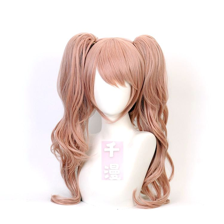 Role play of cosplay wig