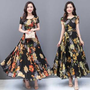 2020夏连衣裙子中年减龄碎花雪纺长款过脚踝35一45女装夏洋气显瘦