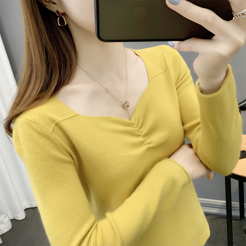 Knitted bottomed sweater womens spring and autumn 2020 new slim fit tight short Pullover V-neck womens sweater autumn and winter