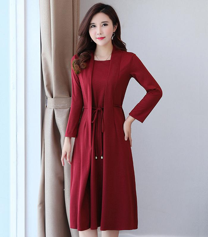 大码女装韩版新款假两件连衣裙宽松显瘦遮肉减龄中年妈妈装春秋潮