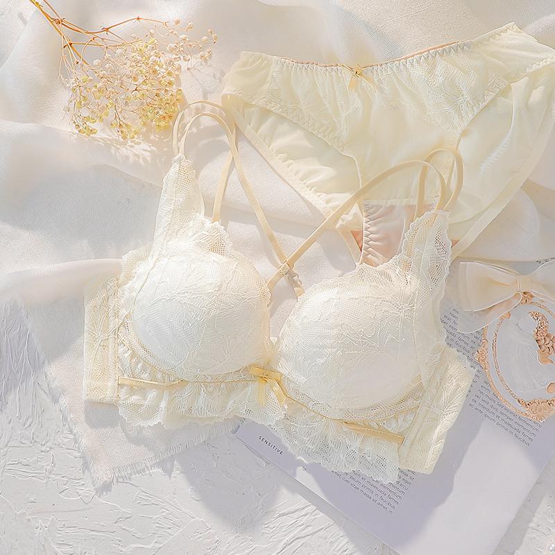 内衣小胸聚拢无钢圈收副乳夏季薄款少女胸罩美背文胸2020新品爆款