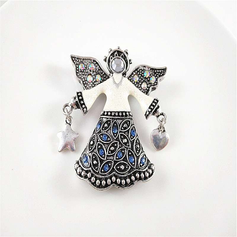 Retro exaggerated brooch with diamond, versatile texture, star love, fashionable womens clothing accessories
