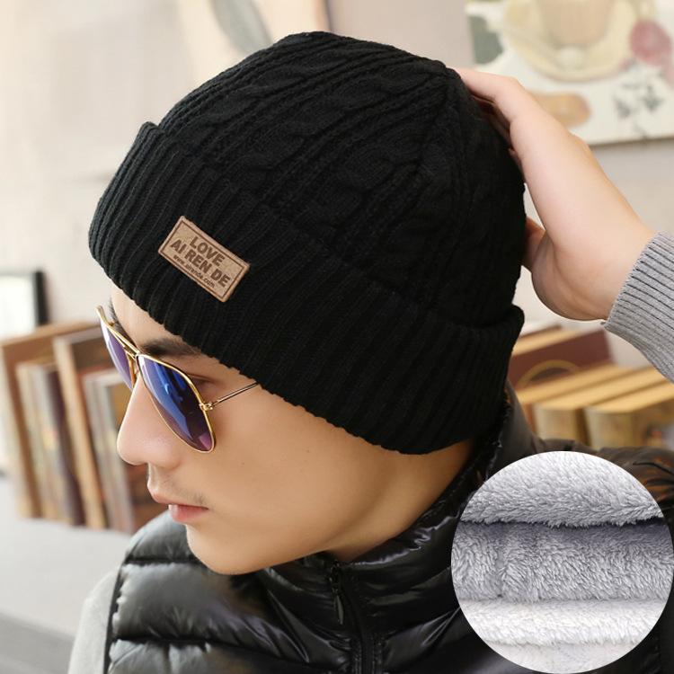 秋冬の中高年帽子と男女の保温カバーの頭を厚くつかんで、毛糸のニット老人帽の新型の潮流を編みます。