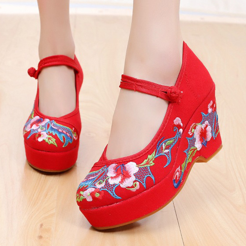Walking shoes qiuxiuhe shoes bride wedding shoes old Beijing cloth shoes women high heel embroidered shoes 8cm ancient style Qipao with shoes