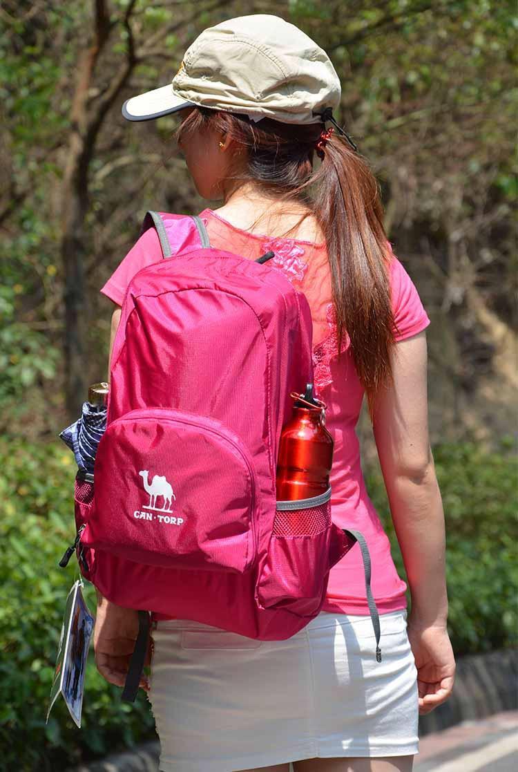Camel super light skin backpack foldable waterproof outdoor bag 25L hiking goddess bag mountaineering bag