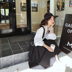 于momo2019夏装新品复古优雅衬衫背带裙两件套显瘦遮肉两件套
