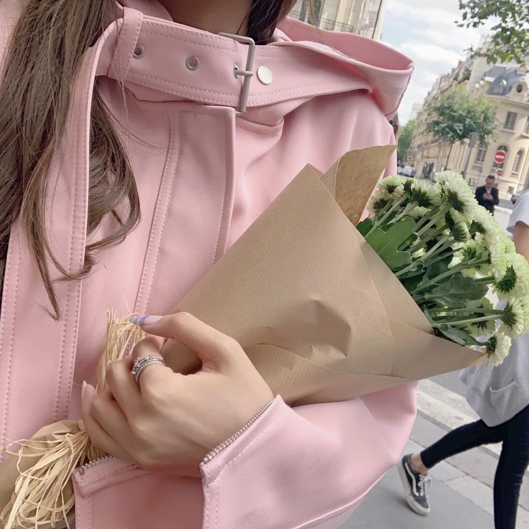 热销235件限时秒杀momoshero套装女2019秋季新款独角兽的梦洋气粉小香风外套短裤