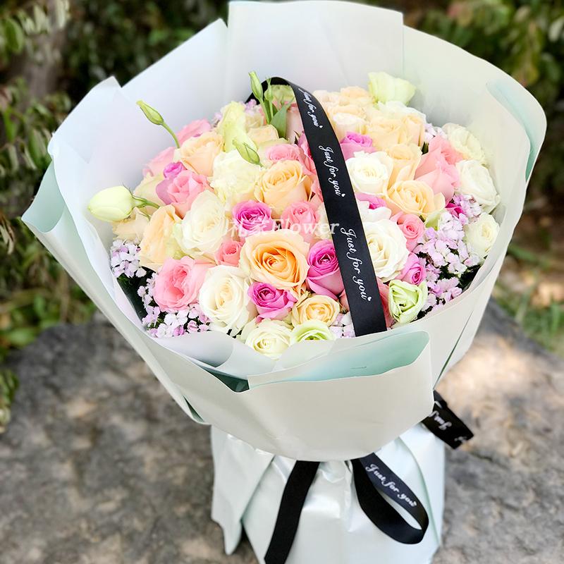 33朵红玫瑰花束青岛太原生日鲜花速递武汉南昌宁波郑州同城送花