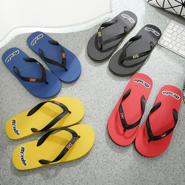 British fashion mens flip flops womens summer thick bottomed sandals clip foot antiskid couple flat bottomed beach shoes