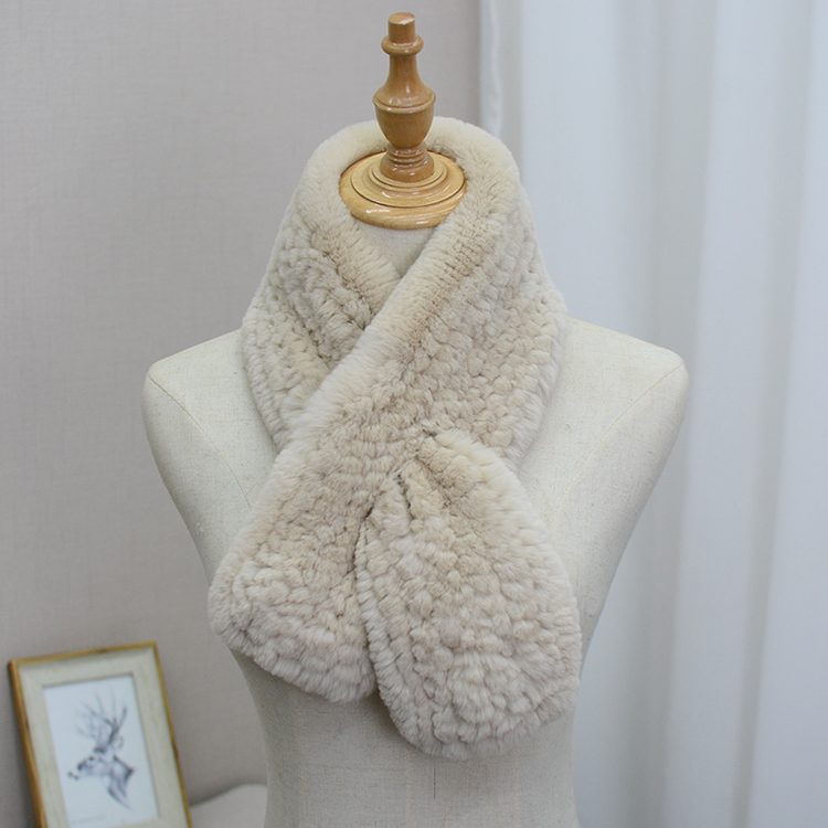 Simple Rex Rabbit Fur grass scarf womens Japanese Korean version solid color thickened warm knitting short neck fashion new style
