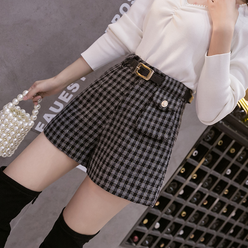 Plaid Wool wide leg pants womens autumn / winter 2020 high waist versatile small fragrance casual shorts and boots