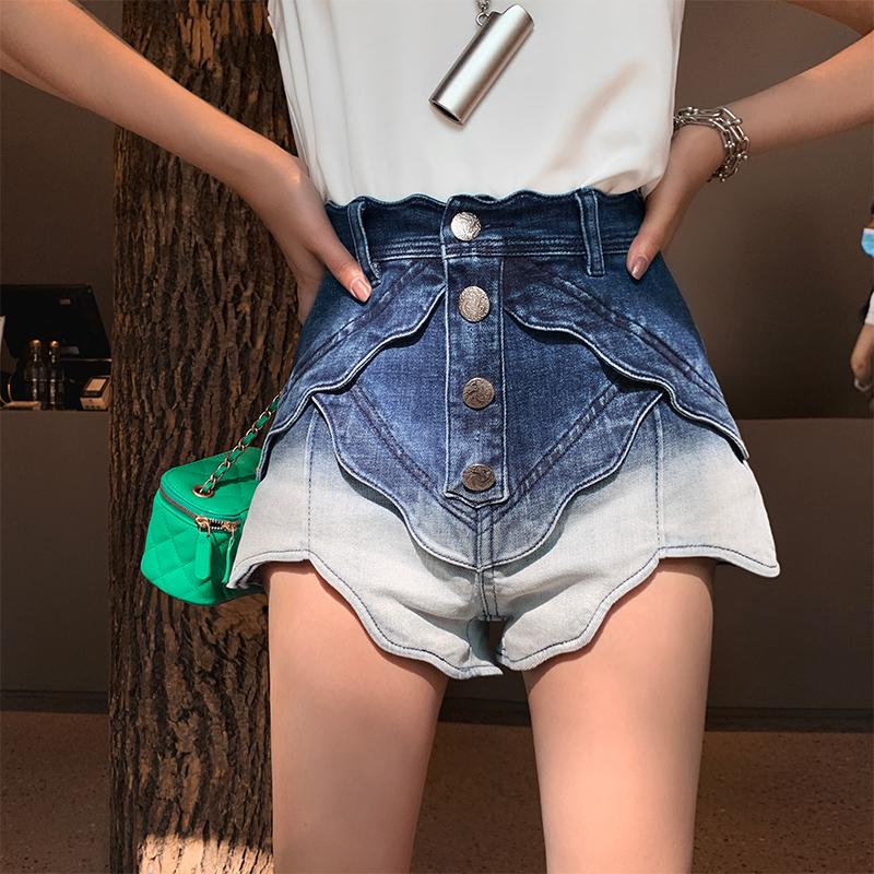 【地球店】渐变花瓣A字牛仔短裤女潮ins高腰显瘦显高薄款阔腿裤子