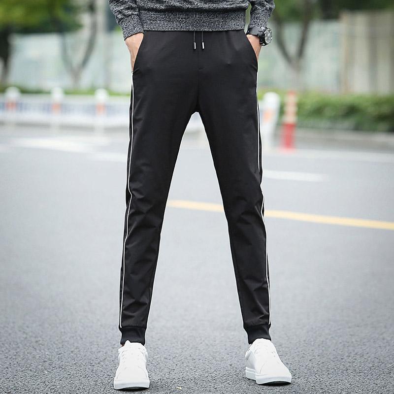 男士纯黑休闲裤