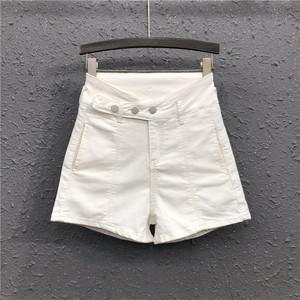 2021春夏新款白色简约风时尚不规则高腰显瘦阔腿热裤牛仔短裤女潮