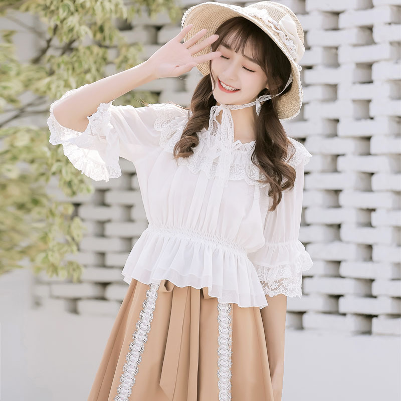 Spring / summer 2020 women's new soft girl Lolita inside with Lolita middle Sleeve Chiffon Top and lace bottoming top