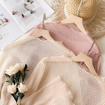 很仙洋气蕾丝打底衫女内搭雪纺衫女2020春季性感镂空网纱百搭上衣