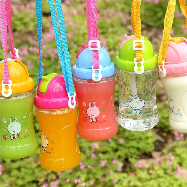 德国单男女童水壶便携背带拆卸宝宝滑盖硅胶软管吸管水杯D850-696