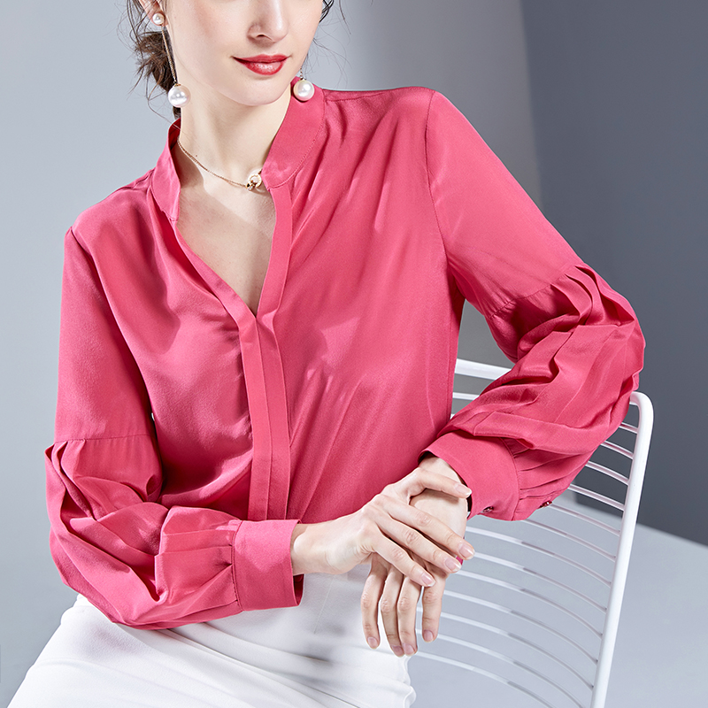 Silk shirt womens 2020 spring dress new long sleeve high end sexy fashion V-neck foreign style mulberry silk top