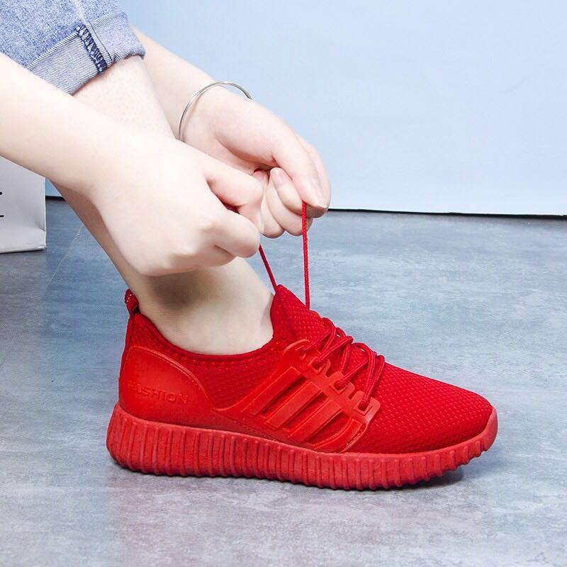 学生运动跑步鞋女网面透气防臭黑色男鞋网眼情侣运动鞋