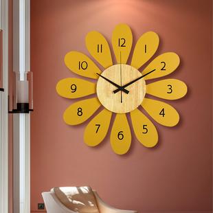 北欧客厅家用创意现代墙壁儿童挂钟